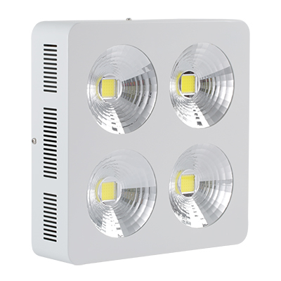 厚屹独特设计HY-HB01-4X150W LED工矿灯亮度