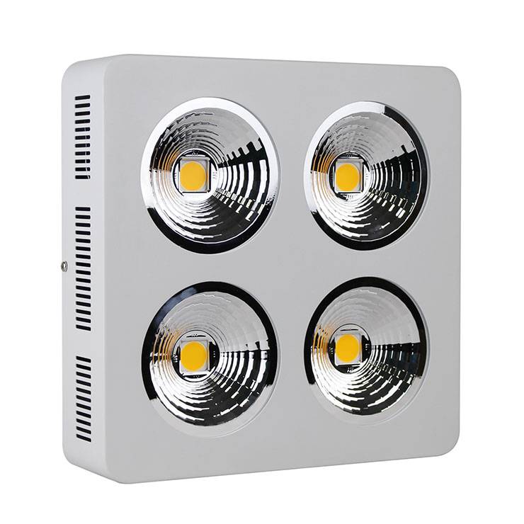 CREE COB加反光杯qy288千赢国际灯800Wqy288千赢国际生长灯侧面及散热孔细节展示